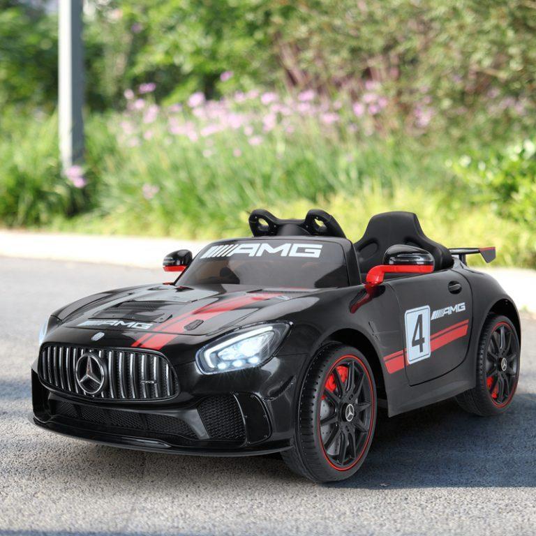 TH17E0483 fm3 - Ride-On Racing Car 03 -