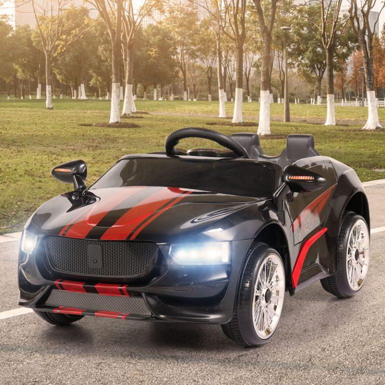TH17S0439 50 - Ride-On Racing Car 02 -